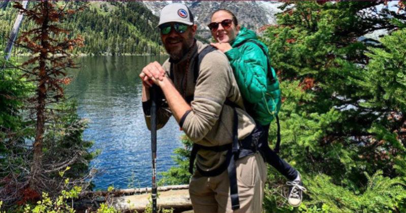 Melanie e Trevor, ragazzi disabili, scalano la montagna