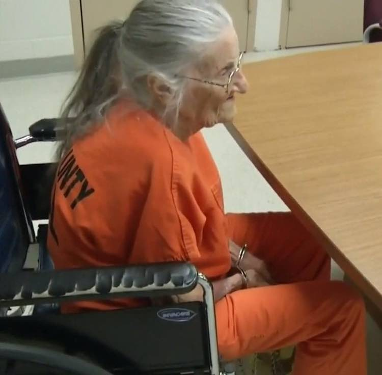 arrestata per non aver pagato affitto