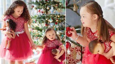Photo of La pubblicità della bambola con la modella con la sindrome di down