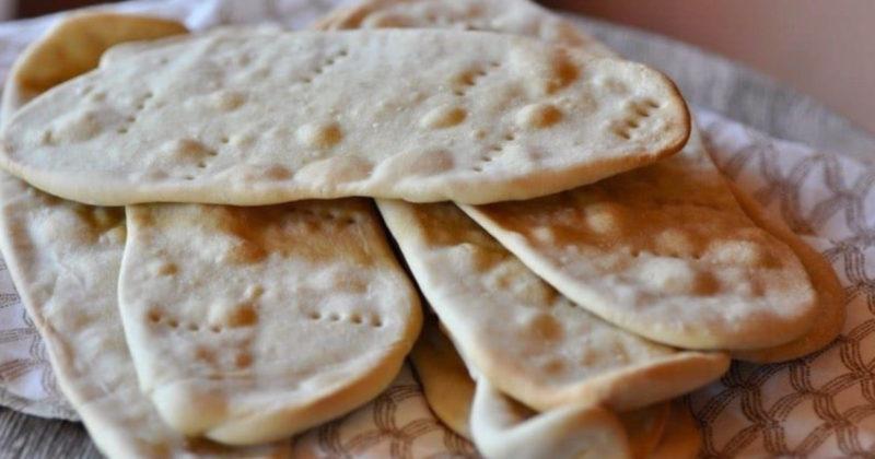 Pane azzimo, la ricetta per preparalo in casa