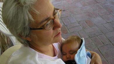 Photo of La suocera cambia il nome della neonata mentre la nuora è in ospedale