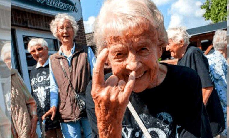 Anziani fuggono dalla casa di riposo