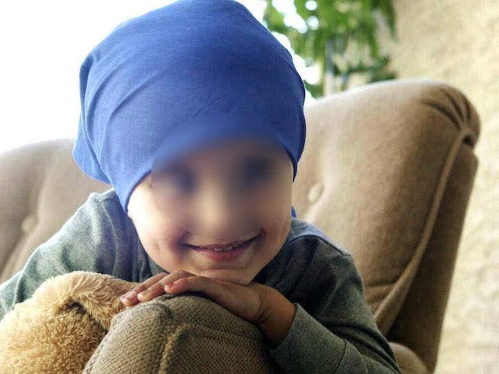 Santiago bambino di 4 anni sconfigge il cancro