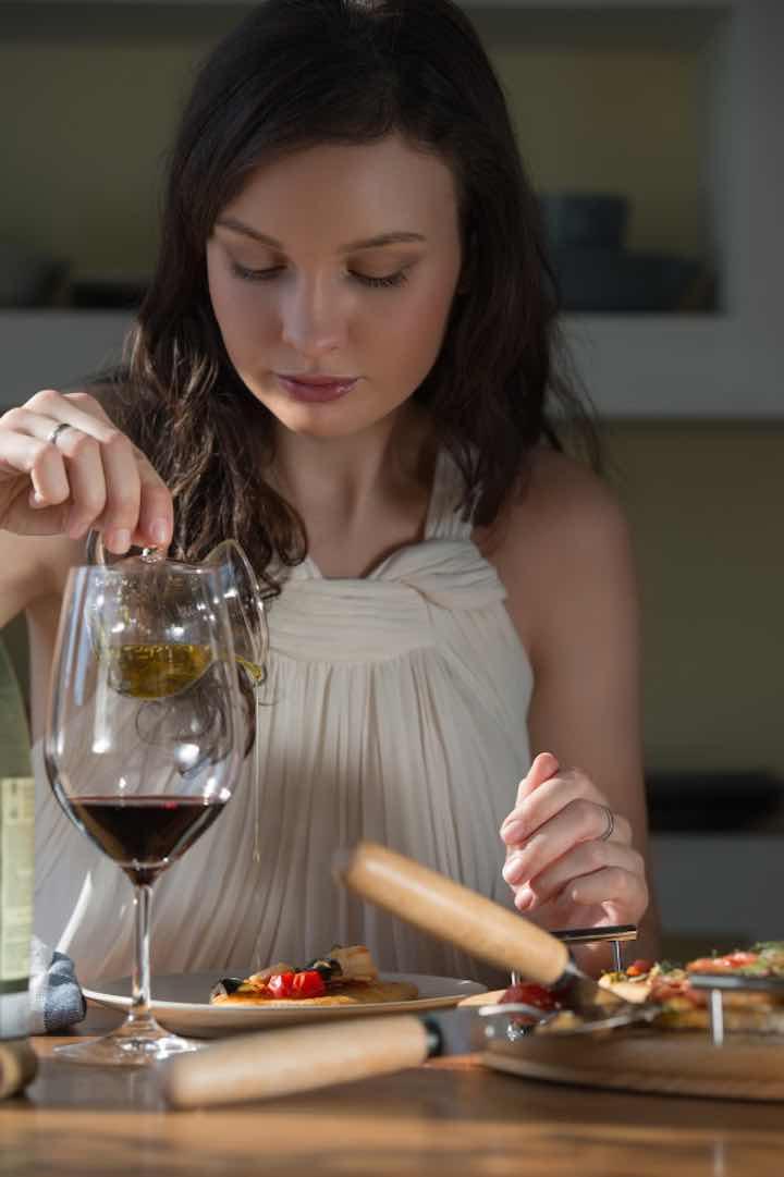 bere vino da casa