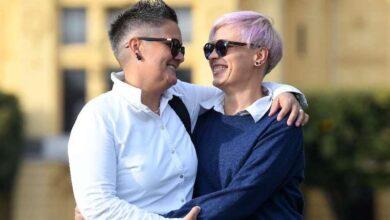 Photo of Si sono incontrate in convento ed innamorate, la storia di due suore che hanno deciso di lasciare l'abito sacro per vivere il loro amore