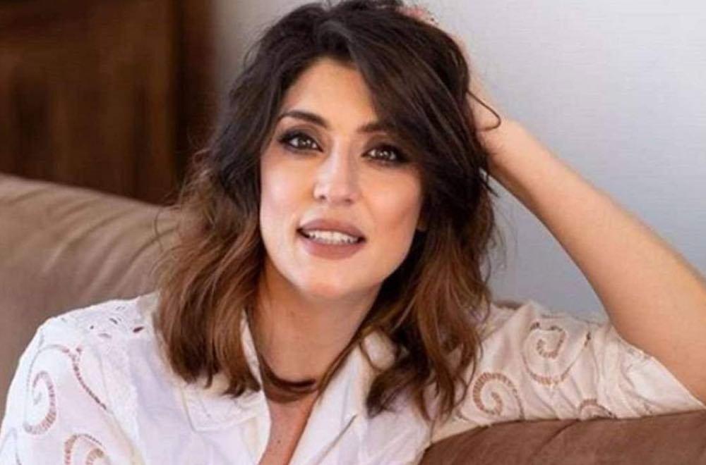 Elisa Isoardi sotto attacco isola