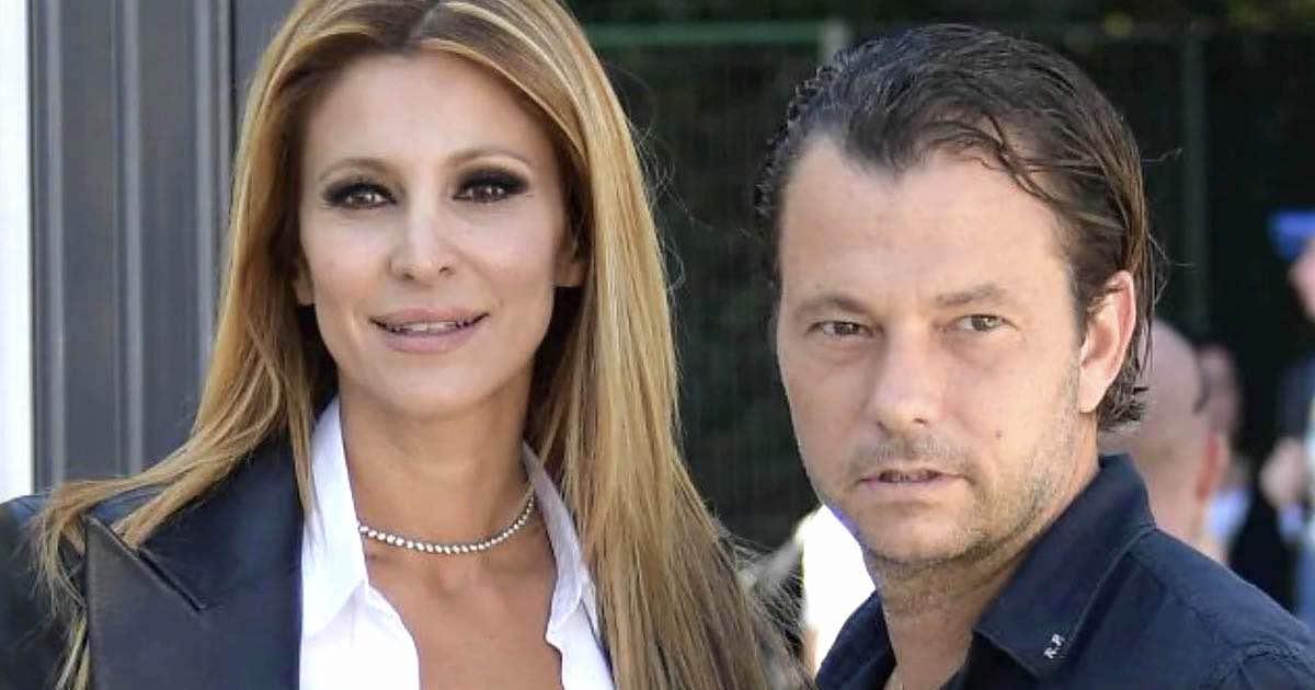 Tra Adriana Volpe e ex marito volano stracci