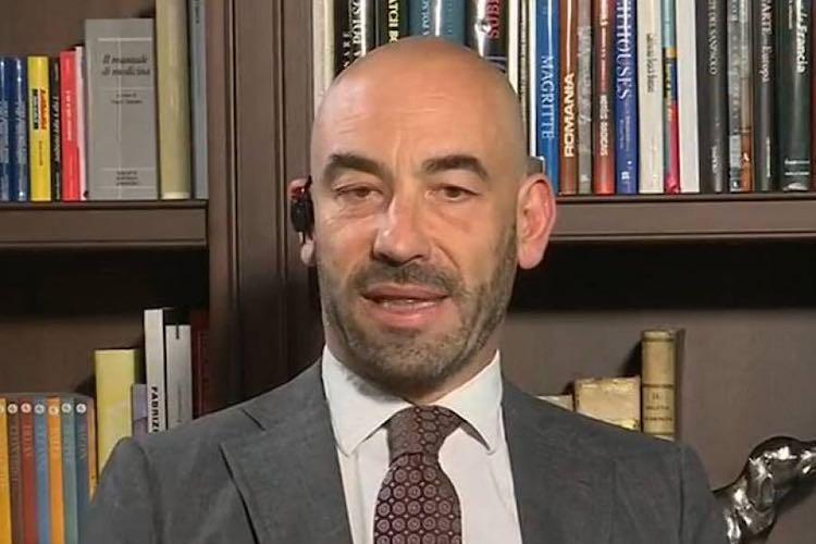 Matteo Bassettiattacca Roberto Speranza vaccino